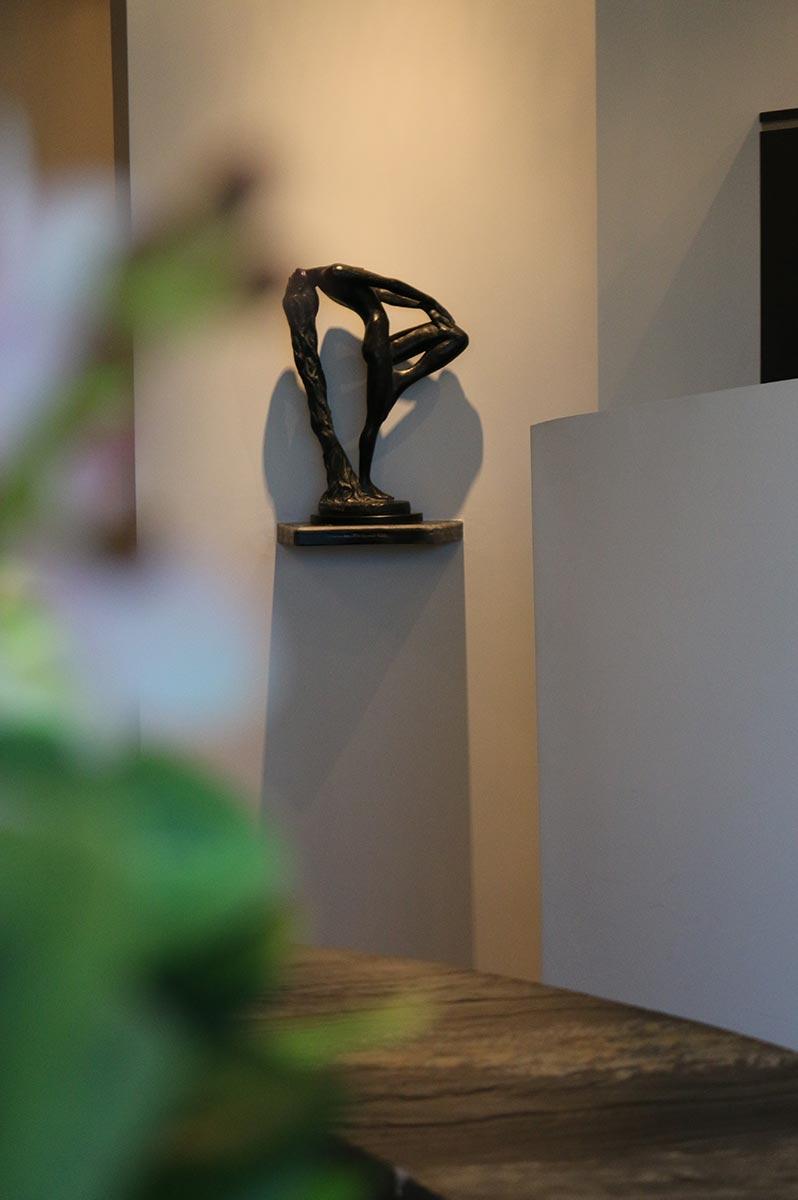 Sculpture at Design Ramon Hair Studio in Ahwatukee | 480 763 5588