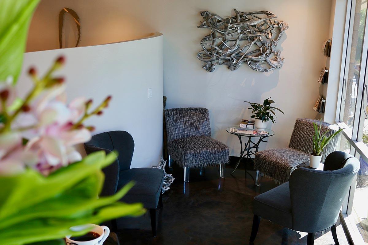 Waiting Room at Design Ramon Hair Studio in Ahwatukee | 480 763 5588