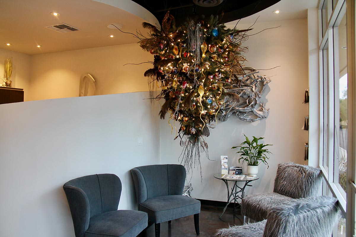 Christmas Tree decoration at Design Ramon Hair Studio in Ahwatukee | 480 763 5588